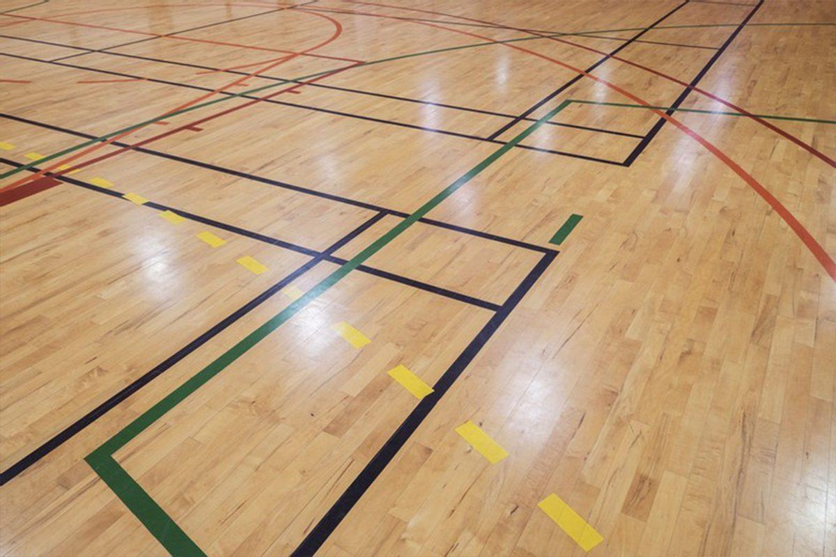 Spordisaalide ja suurte üldkasutavatele puitpindade lihvimine